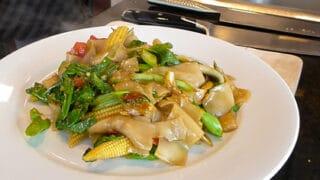 Drunken Noodles ผัดขี้เมา (pad kee mao)
