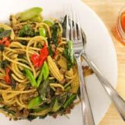 Spaghetti pad kee mao