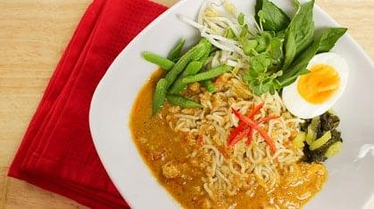 rice noodles archives hot thai kitchen