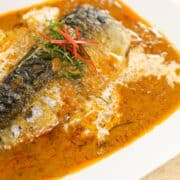 Mackerel in Red Curry Sauce - Choo Chee