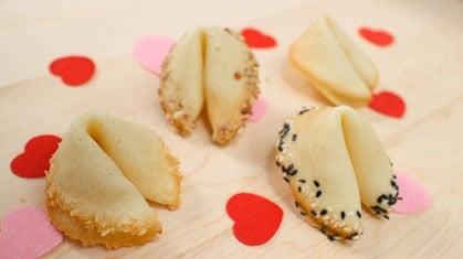 Fortune Cookies – DIY Gift Idea!