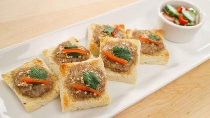 Thai Pork Toast ขนมปังหน้าหมู