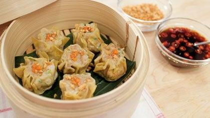 shumai shrimp pork steamed dumplings hot thai kitchen