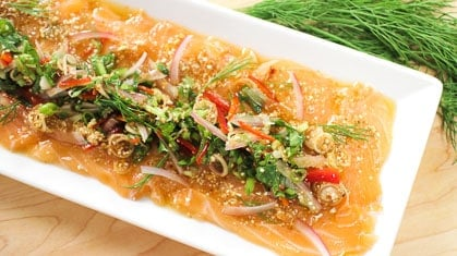 Spicy Salmon Salad (Laab Salmon) ลาบปลาแซลมอน