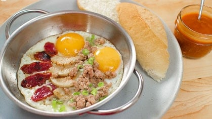 """Pan Eggs""  Breakfast Thai Style! ไข่กระทะ"