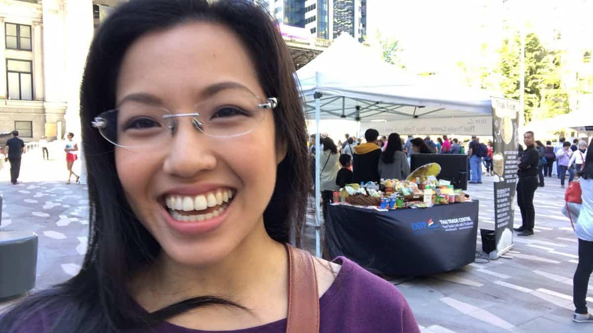 LIVE Tour of the Vancouver Thai Fest!