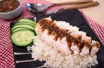 Easy Hainanese chicken rice recipe